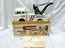 MARX POWERHOUSE TURNPIKE WRECKER TOW TRUCK--ORIGINAL ---NEAR MINT IN BOX--