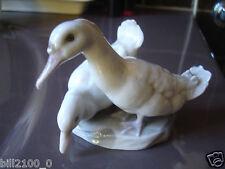 joli groupe porcelaine façon Copenhague . oiseaux