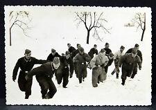 Soldaten im Schnee - Foto WK 2 aus Album Luftwaffe DR WW War Photo (I-1379