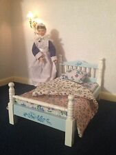 Dolls House Furniture:pretty blue and white bed single with bedding 12th scale