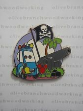 Disney Pixar Cars at Theme Parks GUIDO PIRATES OF THE CARIBBEAN Hip Starter Pin