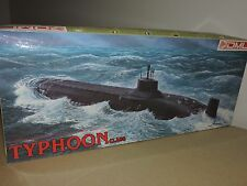 DRAGON 1/350th TYPHOON CLASS SOVIET SUBMARINE   # 1001