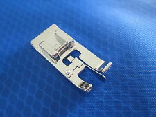 SEWING MACHINE CLIP ON OVERLOCKING EDGING FOOT FOR BROTHER SINGER JANOME TOYOTA