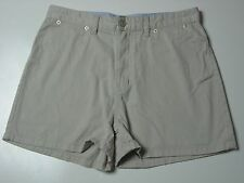 Tommy Hilfiger Casual sport outdoor shorts Womens Size 12 Khaki comfort fit NICE