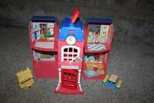 Fisher Price Sweet Streets School Dollhouse Doll Toy Table Piano Red Blue Set