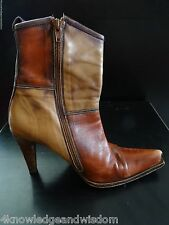 Vtg Steve Madden Women's Brown Leather Boots High Heel US 10 Distressed Two-Tone