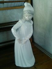 "Lladro Girl in White Nightdress 11.5"" Porcelain Figure Sculpture"