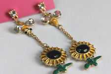 E501 BETSEY JOHNSON Exquisite Dangling Honey Bee with SunFlower Earrings US
