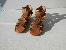 NEW WOMENS SIZE 7 MINNETONKA MONACO STUDDED BOHO INDIE WEDGE SANDALS / PROMPT