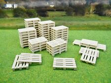 SIKU FARM PACK OF 50 RESIN PALLETS 1/32 7015  *NEW*