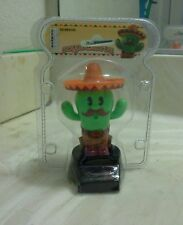 SOLAR POWER DANCING CACTUS (with hat)...(●_●).(●_●).(●_●)..