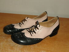 Women's Vtg Navy & Pink Leather Panca's Designer Wingtip Perforated Flats Sz-7