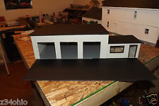 1/24 & 1/25 Scale  Diorama 3 Bay Garage/Work Shop with Small Office !  G-Scale