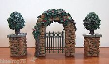 Dept 56 Village Stone Corner Post Holly & Stone Archway #52648 NIB (Y430)