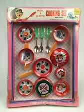 Vintage Play Cooking Set Toy 12 Pieces Metal And Plastic Animal Characters