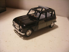 Voiture SOLIDO Made in FRANCE 1/43 RENAULT 4L 1964 Decouverte