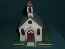 HO SCALE TRAIN RACE CAR CHURCH BUILDING R.O.C. TAIWAN LOOKS GOOD NICE STEEPLE
