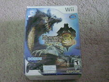 MONSTER HUNTER 3 TRI + CLASSIC CONTROLLER PRO..WII..**SHELF WEAR**SEALED**NEW**