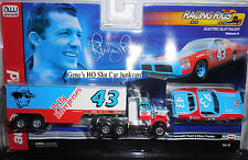 AUTO WORLD ~ Richard Petty's Racing Rig and Car ~ LIMITED PRODUCTION ~ Fits AFX