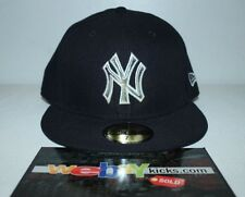 New Era New York NY Yankees Navy Blue Silver Brim Size 7 5/8 Fitted Cap Hat New