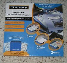 FISKARS SHAPE BOSS EMBOSSING STENCIL SET