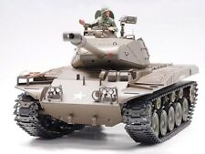 1 / 16A Bulldog M41A3 Smoking RC TANK-Nuovo 2,4 GHz VER.