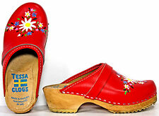 Tessa Girls Handpainted Floral CLOGS Red Leather/Wood Shoes sz 3