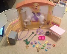 Barbie Mattel Magical Sounds Horse Barn Stable with white horse accessories EUC