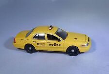 GL 2011 FORD CROWN NEW YORK CITY TAXI CAB RUBBER TIRE LIMITED EDITION