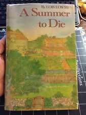A Summer To Die By Lois Lowry Signed!!!! First Edition 4th Print Rare  Hcdj