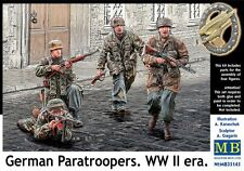 WW II GERMAN PARATROOPERS (LATE) /WITH KAR-98K, MP-40, FG-42/  1/35 MASTERBOX