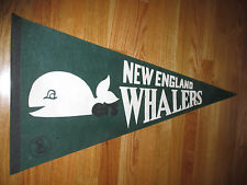 """Vintage 70s WHA NEW ENGLAND WHALERS 30"""" Pennant GREEN"""