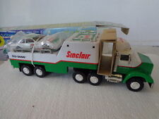 SINCLAIR CLASSIC RACE CAR CARRIER FROM 1997 W/WORKING LIGHTS, SOUND & RACE CAR