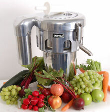 Professional Commercial Juice Extractor Vegetable Juicer  Uniworld  UJC-750E