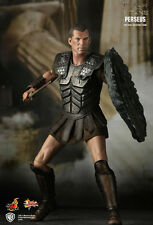 HOT TOYS MMS122 CLASH OF THE TITANS: PERSEUS COLLECTIBLE FIGURE *BOX DAMAGED*