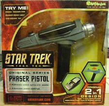 Star Trek ORIGINAL SERIES 2 in 1 Type Phaser SEALED **READ**