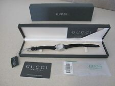 Women's GUCCI Watch black leather band date original box warranty tag 5500L