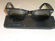 1980's VINTAGE BAUSCH & LOMB RAY BAN BLACK EBONY G15 UV WAYFARER 5024 SUNGLASSES