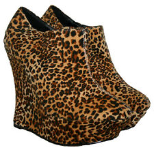 "LADIES 5"" WEDGE HEEL LEOPARD PRINT PLATFORM ANKLE BOOT WITH SIDE ZIP IN SIZE 6"