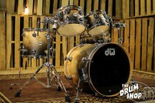 DW Drums Collector's Hard Satin Candy Black Fade Exotic