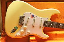 2015 Fender USA Artist Yngwie Malmsteen Stratocaster Strat White w/CASE Unplayed