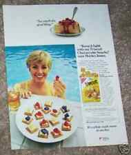 1982 ad page - SHIRLEY JONES for NABISCO Triscuit crackers Cheesecake recipe AD