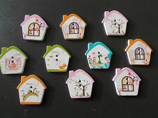 10 NEW WOODEN MIXED CUTE HOUSE SHAPED BUTTONS. SEWING SCRAPBOOK CRAFTS