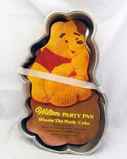 Wilton Winnie the Pooh Bear Metal Cake Pan Mold Disney Vtg Baking Decorating Kit