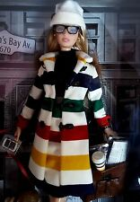 "BARBIE DE COLLECTION ""HUDSON'S BAY"", SILVER LABEL, ÉDITION 2016"