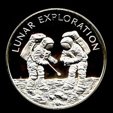 APOLLO 13 SPACE FLOWN TO THE MOON MATERIAL LARGE SILVER COIN - Lunar Exploration