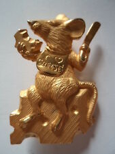 "Vintage Signed JJ ""Goldtone/Matt pewter Mouse Eating Cheese "" Brooch/Pin"
