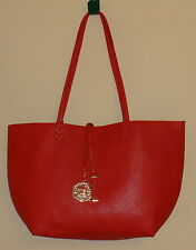 BCBG RED HANDBAG PURSE 2 PIECE SET REVERSIBLE TOTE & CROSS BODY CLUTCH