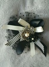 Ladies Large hair/ pearl design fashion accessory by Mood. Onesize.