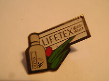 PIN'S WELLA LIFETEX